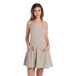 Vestido Com Bolsos Frontais Alças De Amarração Trazeira Caqui